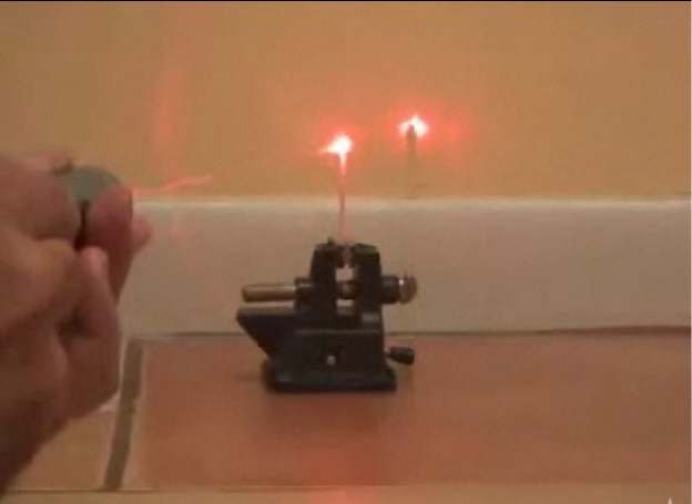 laserpenn Slik lager du en laserpenn som kan brenne det du sikter på